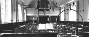 interieur met orgel remonstrantse kerk